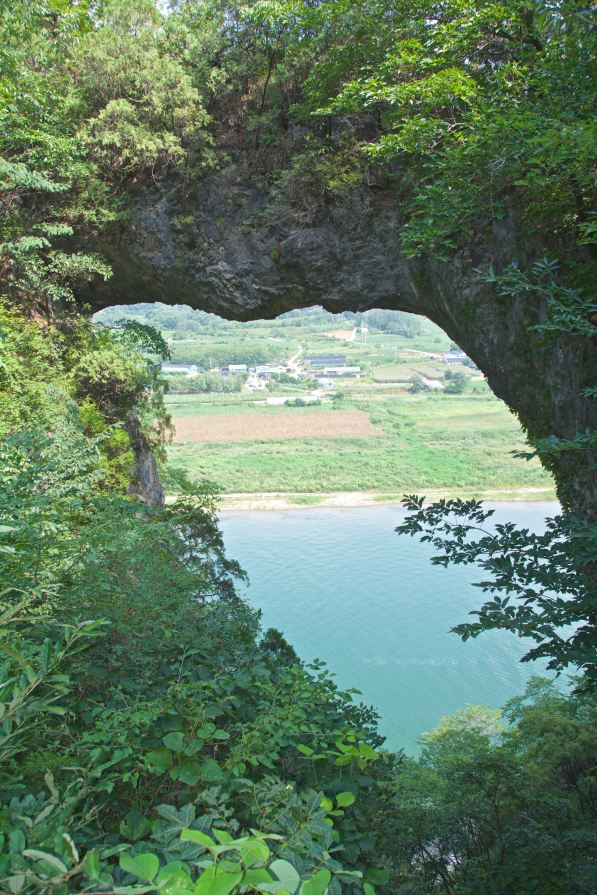 stone gates of danyang
